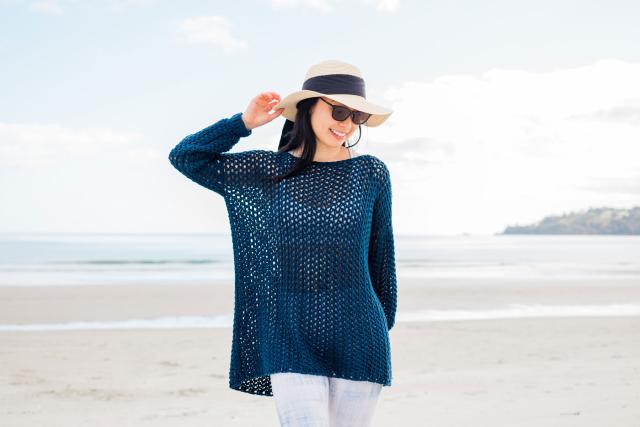 Modelo de saída de praia em crochê fácil e rápida