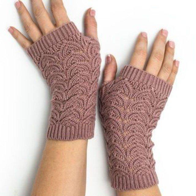 [Receitas de crochê]: 4 Modelos de Luva e meia de crochê para o inverno